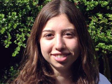 Maya Shuchami, 18, Tsofit